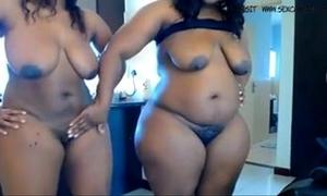 Two swarthy bbw masturbates on webcam www.hotcamgirls.com.nu