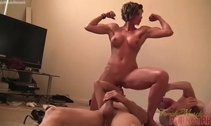 Female muscle porn star dominant-bitch amazon is masturbating