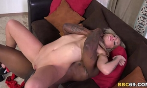 Madelyn monroe tries anal with dark wang