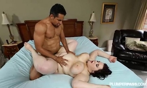 Goth breasty plumper kitty mcpherson is team-fucked by black pecker