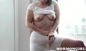 Mormongirlz: mormon milf masturbates with fake penis