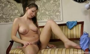 Natural shaggy amateur wife silviya showing body and masturbating