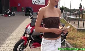 Euro girlnextdoor flashes for specie