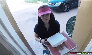 Kimber woods delivers pizza and bangs customer for greater quantity tips