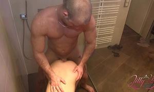 Teen wife hart der unter dusche gefickt