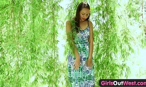 Girls out west - exotic non-professional chick plays with glass toy