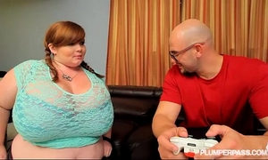 Bbw gamer lexxxi luxe acquires her cookie and face hole controlled