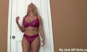 Stroke your ramrod for my large dd love melons joi