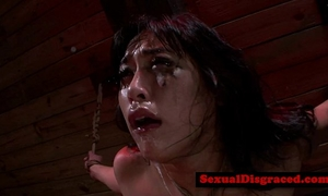 Mia li handles machine during the time that being bonded