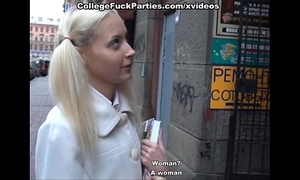 Blonde in nylons screwed in the booty
