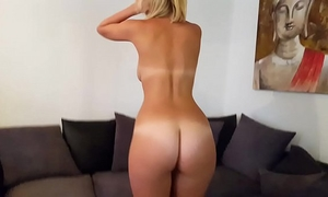Hot brit isla white copulates fake penis and performs jerk off instruction and cei