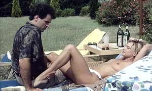 Full-length vintage XXX movie with beautiful ladies
