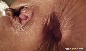 Two insatiable young ladies make love in the bathroom