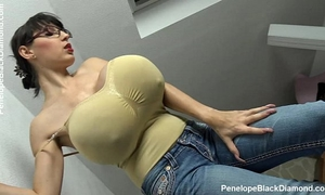 Penelope dark diamond - milking marangos - breastfeeding mangos preview