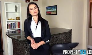 Propertysex - homebuyer informs agent this chab craves to put in large suggest